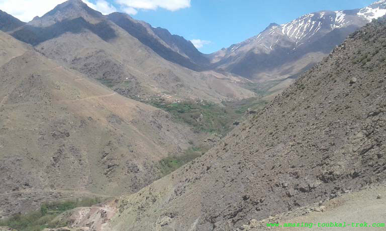 hike around berber villages high atlas