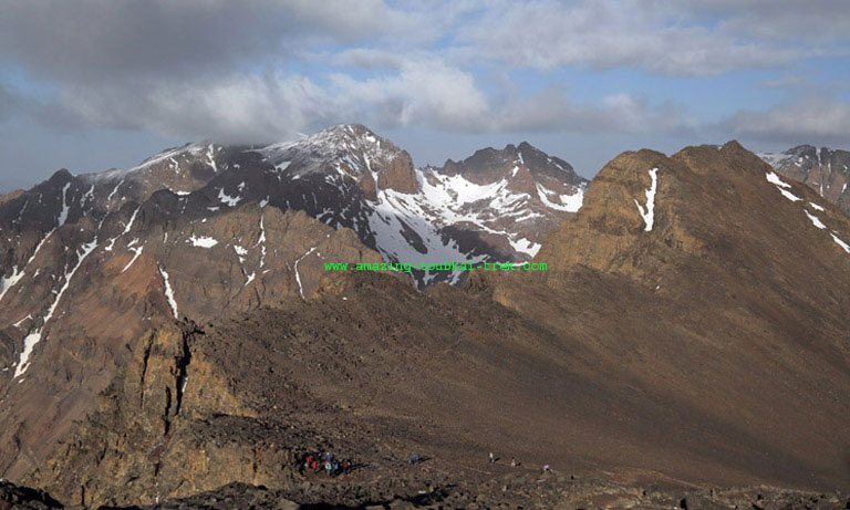 mount toubkal circuit trek