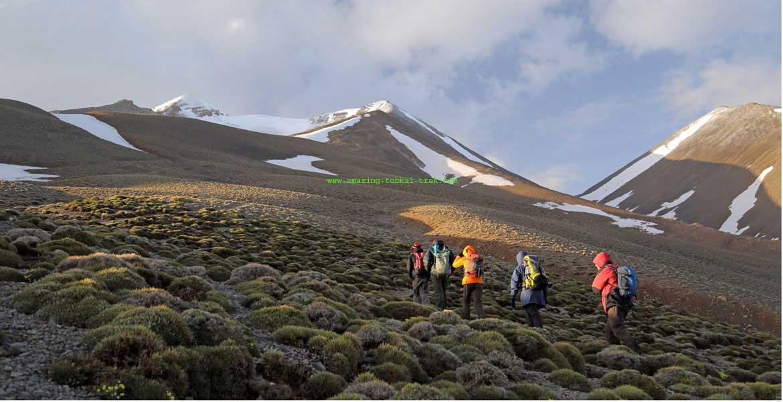 trekking in morocco atlas mountains